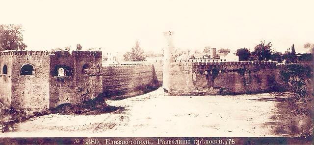фото 3 Развалины крепости Гянджи.jpg